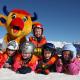 Skigebiet Serfaus-Fiss-Ladis: Maskottchen Berta mit Kindern